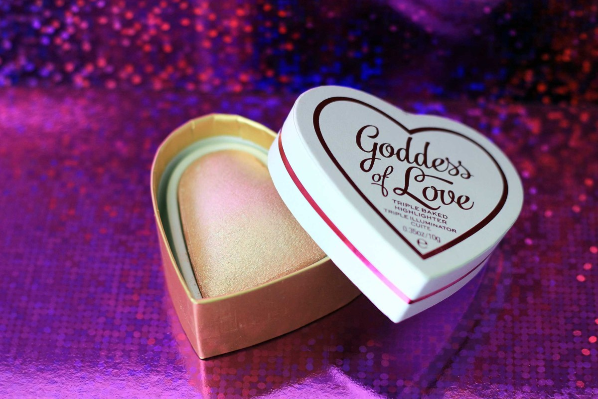I ❤︎ Revolution | Goddess Of Faith | Triple Baked Highlighter